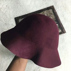 Accessories - Cloche Bell Bucket 100% Wool Burgundy Hat